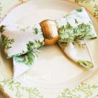 The Bow Fold from Top 100 Step-By-Step Napkin Folds