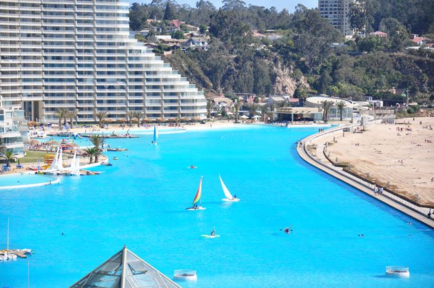The world s largest outdoor pool - San alfonso del mar resort swimming pool ...