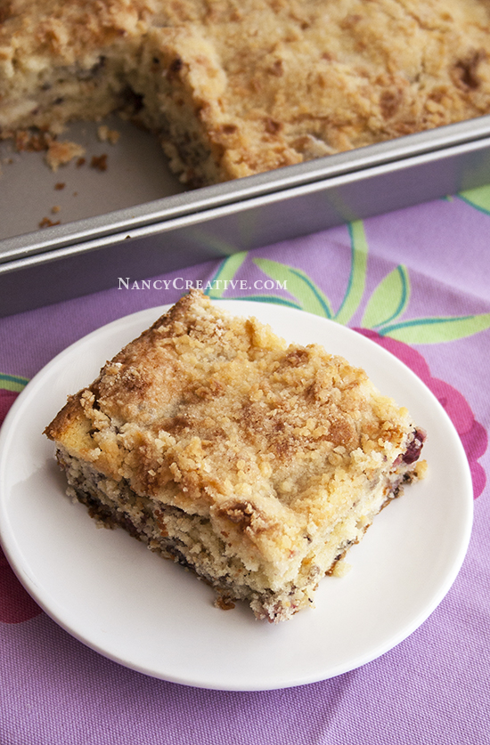 Blackberry Crumb Coffee Cake@NancyCreative.com