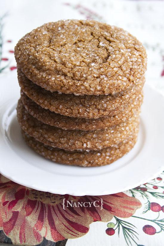 jumbo-ginger-molasses-cookies-nancyc