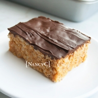 Thick & Chewy Peanut Butter Crispy Treats