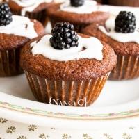 Blackberry Gingerbread Muffins